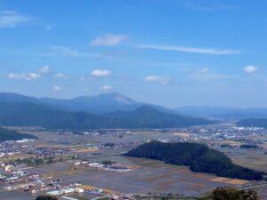 小谷山と伊吹山